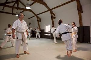 Cours de Karaté au Dojo Kikentaï à Paris