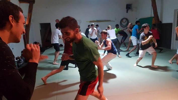 Cours de kick boxing dans le Dojo à Paris 19